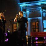 Marco Antonini canta alla serata di Villa